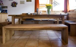 Sitzbank aus Altholz