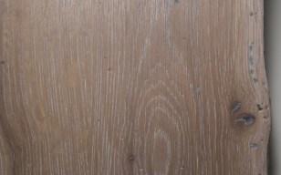 Altholzplatte - weiß geölt, schwarz gekittet